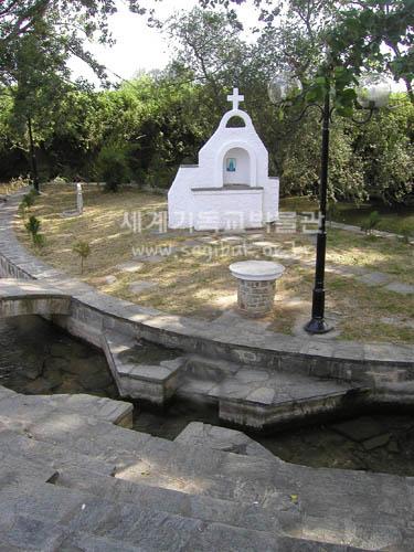 6월21일 168루디아기념교회.jpg